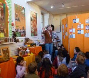 Ateliers enfants autour des épices de l'association En Route